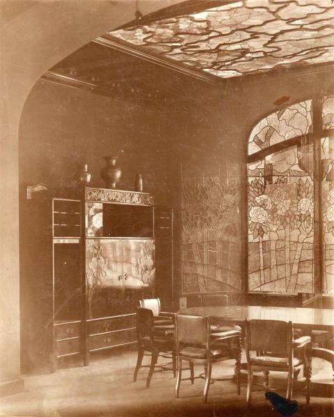 A tiszadobi Andrássy-kastély ebédlője, 1898 (a felvétel készítésének ideje 1912 körül), tervezte Rippl-Rónai József, ltsz. FLT 4924
