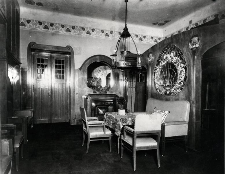 Előszoba berendezése a Bedő-házból, 1903, tervezte Vidor Emil, ltsz. FLT 6725
