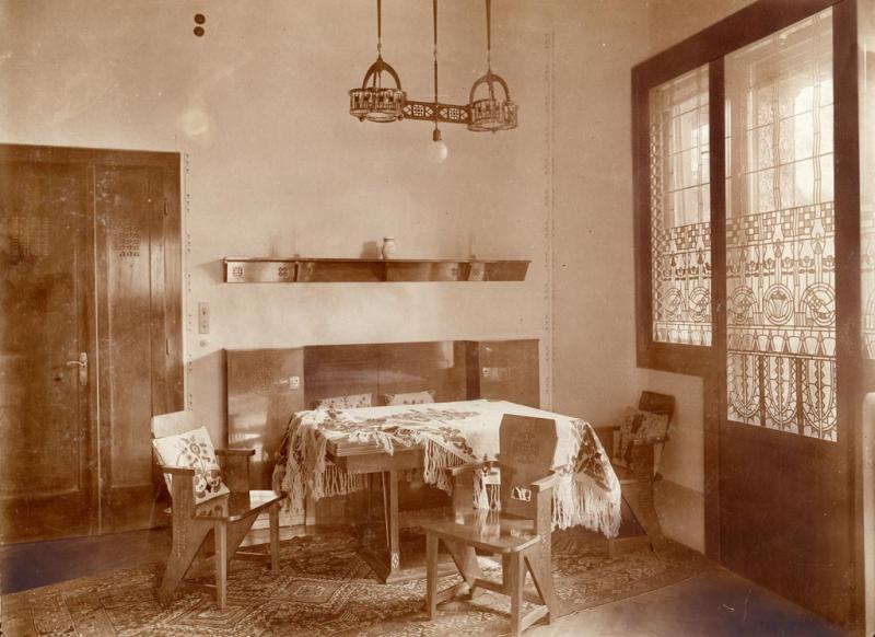 Dining corner in the Villa Schiffer, 1912, design by József Vágó, inv.no. MLT 2352